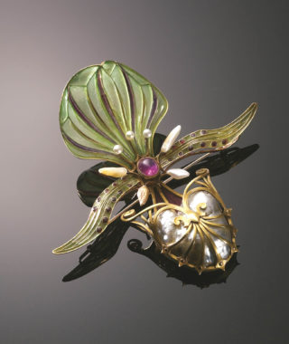Art Nouveau exhibit Georges_Fouquet_Orchid_Brooch_1898-1901_Anderson_Collection_of_Anderson
