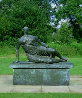 Henry_Moore_Draped_Reclining_Woman_1957_1958