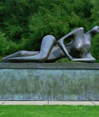Henry_Moore_Reclining_Figure