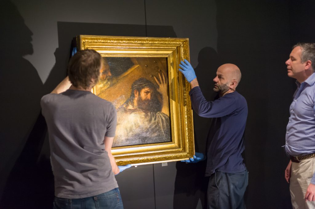Install of Titian's Christ Bearing the Cross, c.1560 © ANDY CROUCH