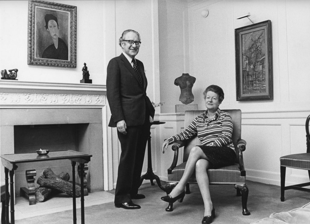 A photograph of Robert and Lisa Sainsbury at their home in Smith Square, London