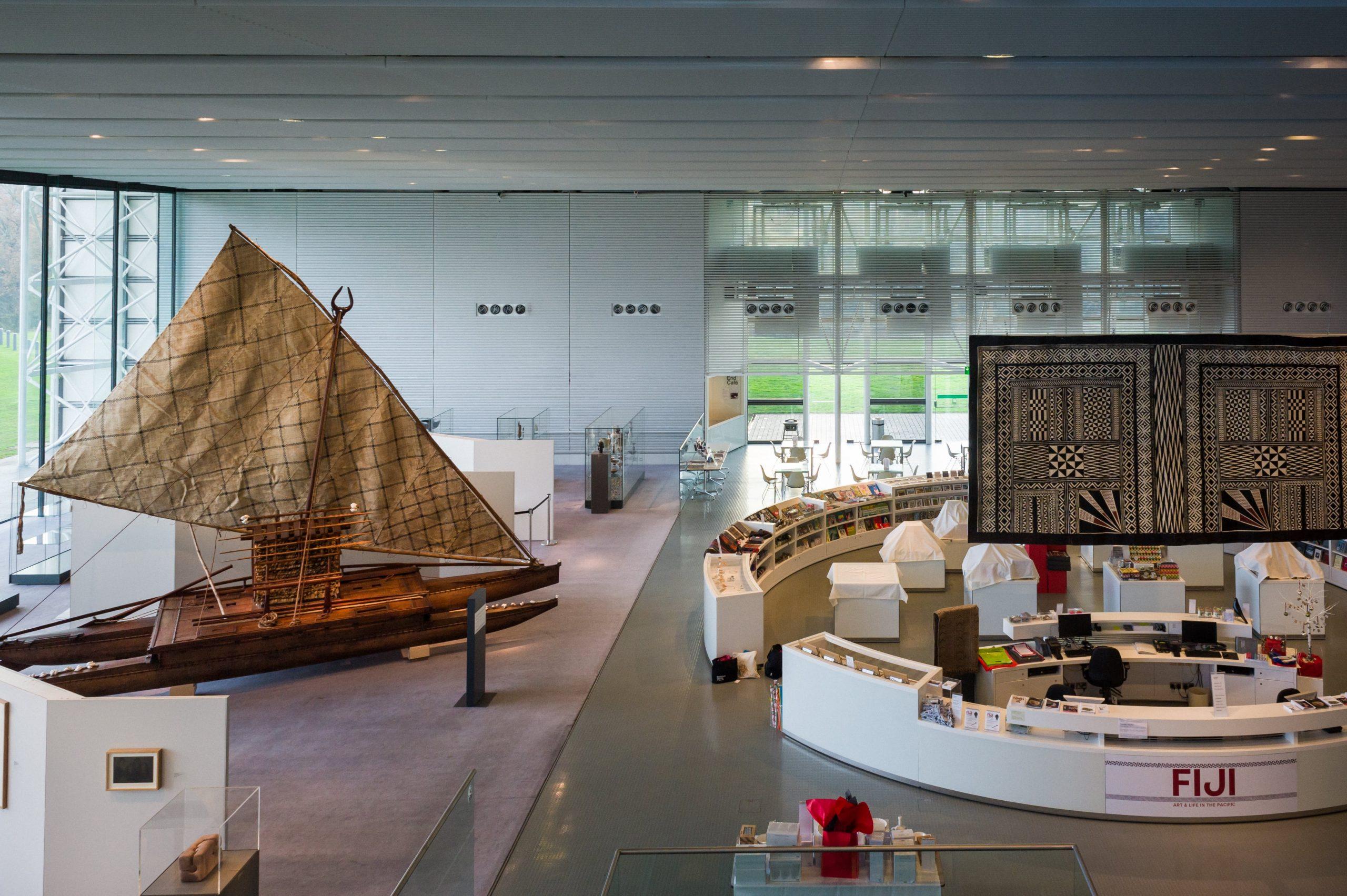 Fiji Canoe in the Centre